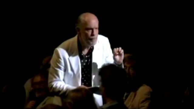 FESTIVALUL GEORGE ENESCU. John Malkovich a spus povestea unui criminal in serie, pe muzica de Bach