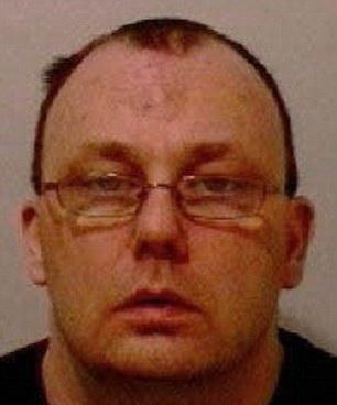 Un violator i-a scris din inchisoare victimei sale minore.