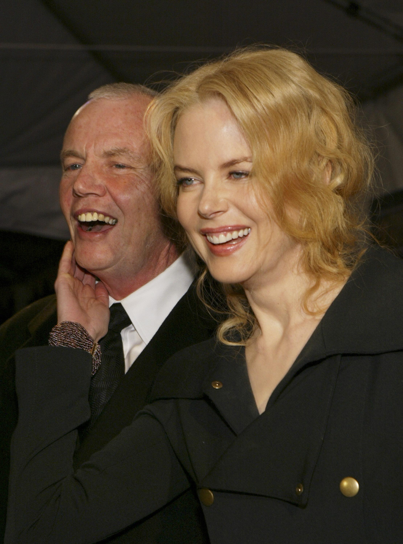 Tatal actritei Nicole Kidman a murit in Singapore. Antony Kidman ar fi cazut in camera de hotel in care era cazat