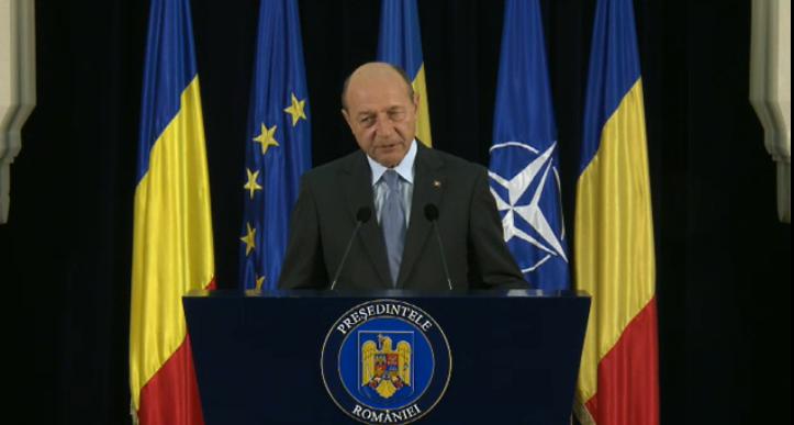 Presedintele Traian Basescu cere demiterea ministrului de Externe Titus Corlatean dupa declaratiile privind votul in diaspora