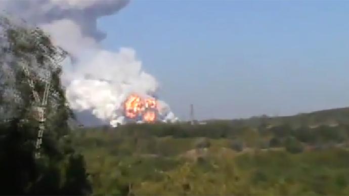 Criza in Ucraina. Atacuri cu obuze la o uzina de armament in Donetk. Un al treilea convoi rusesc a intrat in estul tarii
