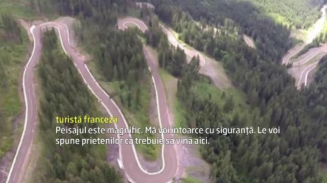 Drumul Comorilor: Transfagarasanul Bucovinei nu are parapeti, e ingust, dar ii fascineaza si pe romani si pe straini. VIDEO