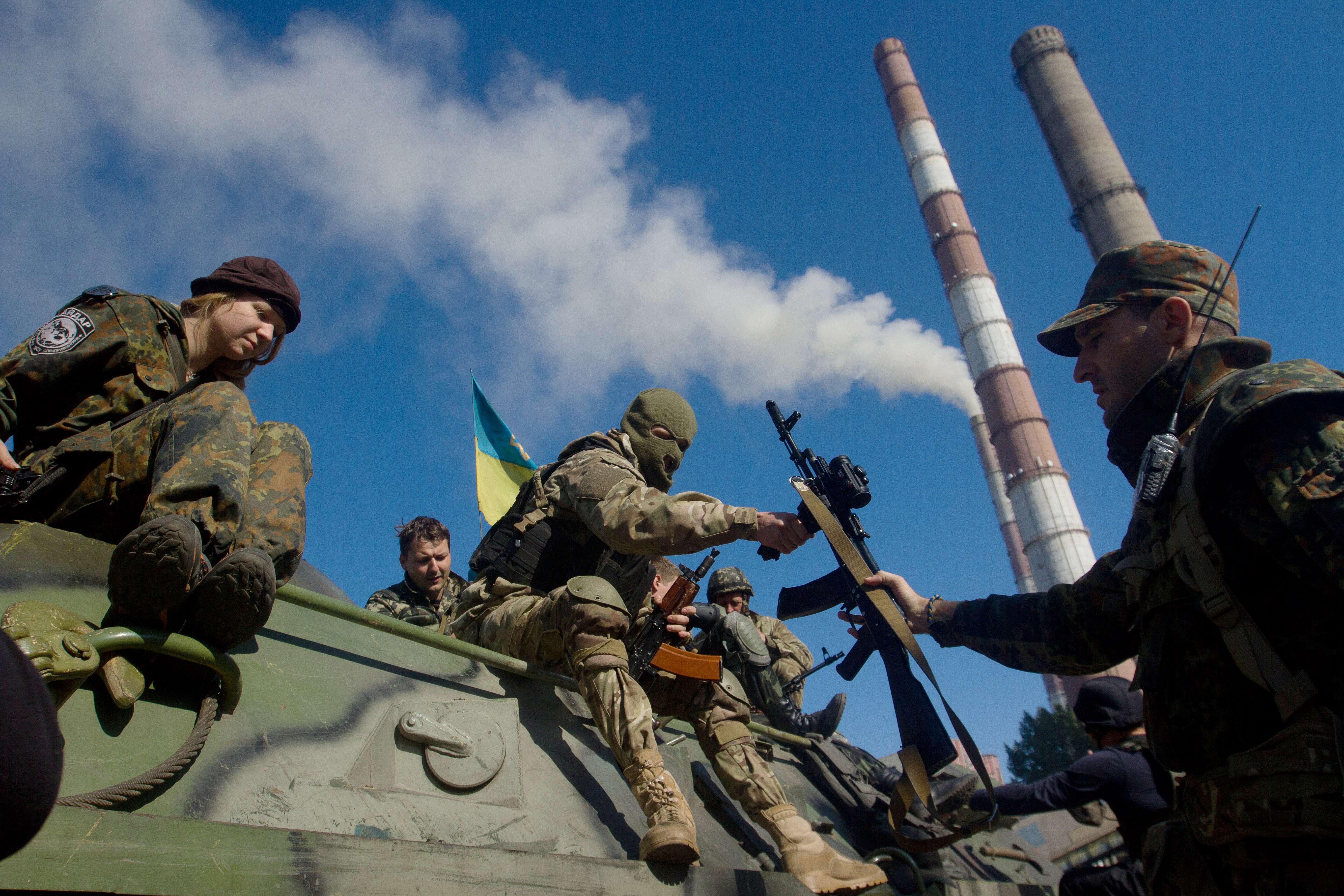 Criza in Ucraina. Bild: Berlinul intentioneaza sa trimita 200 de soldati in Ucraina pentru a sustine OSCE