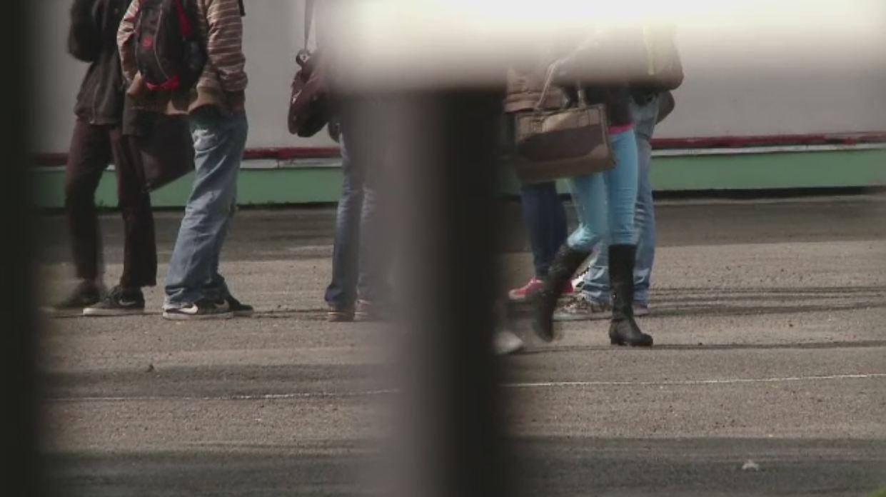Sotul unei invatatoare din Cluj, acuzat ca ar fi agresat sexual doua fetite de 6 ani. Reactia barbatului
