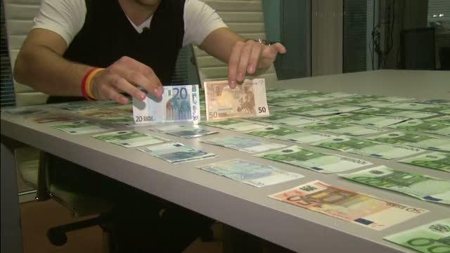 Fabrica de bani falsi a mafiei italiene, la Oradea. Cum verifici daca bancnotele tale in EURO sunt autentice sau nu