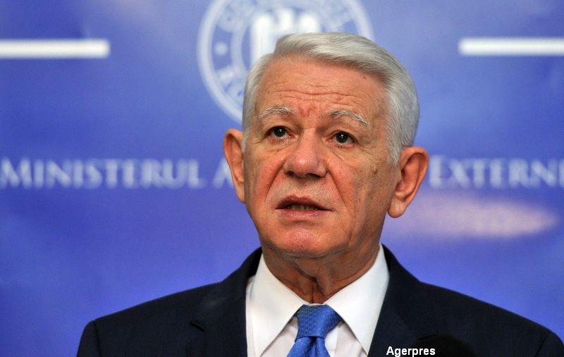 Teodor Melescanu, fostul ministru al Externelor si Apararii, a mers la DNA. Dosar de coruptie la Spitalul Militar Central