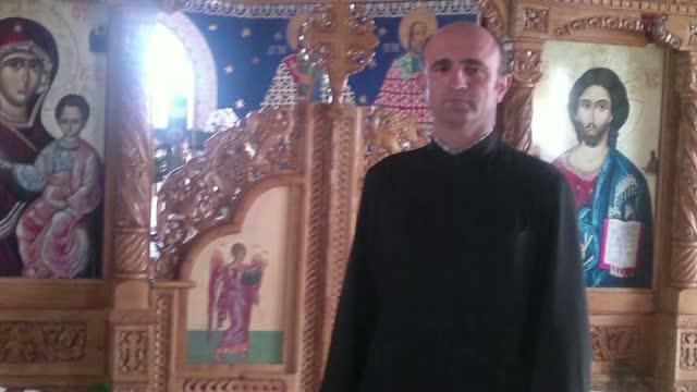 Un preot din Cluj s-a spanzurat in casa parohiala. Barbatul a lasat un bilet de adio