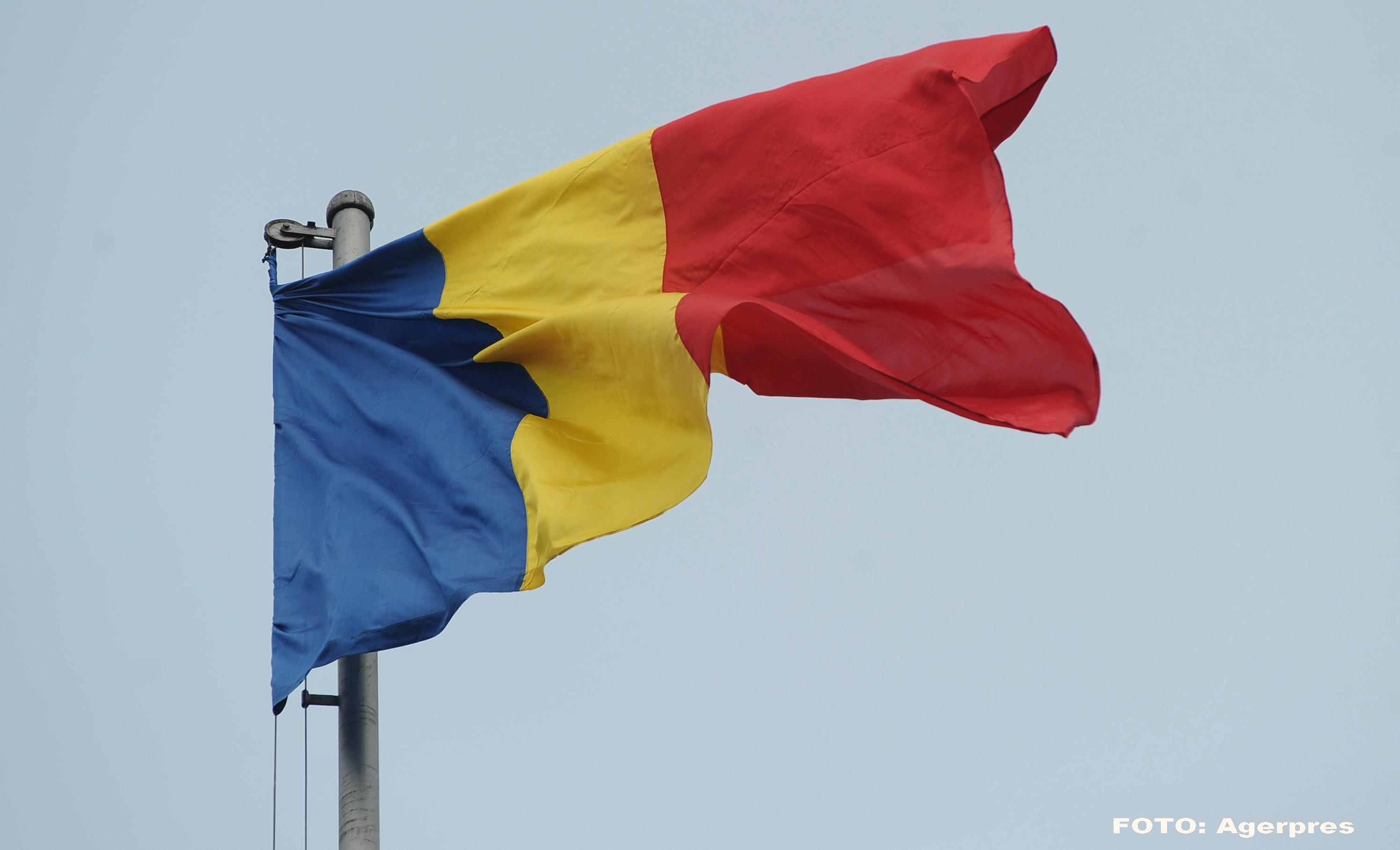 Drapelul tricolor, disparut la schimbarea patrulelor si inlocuit cu steagul secuiesc in Covasna. Reactia lui Liviu Dragnea
