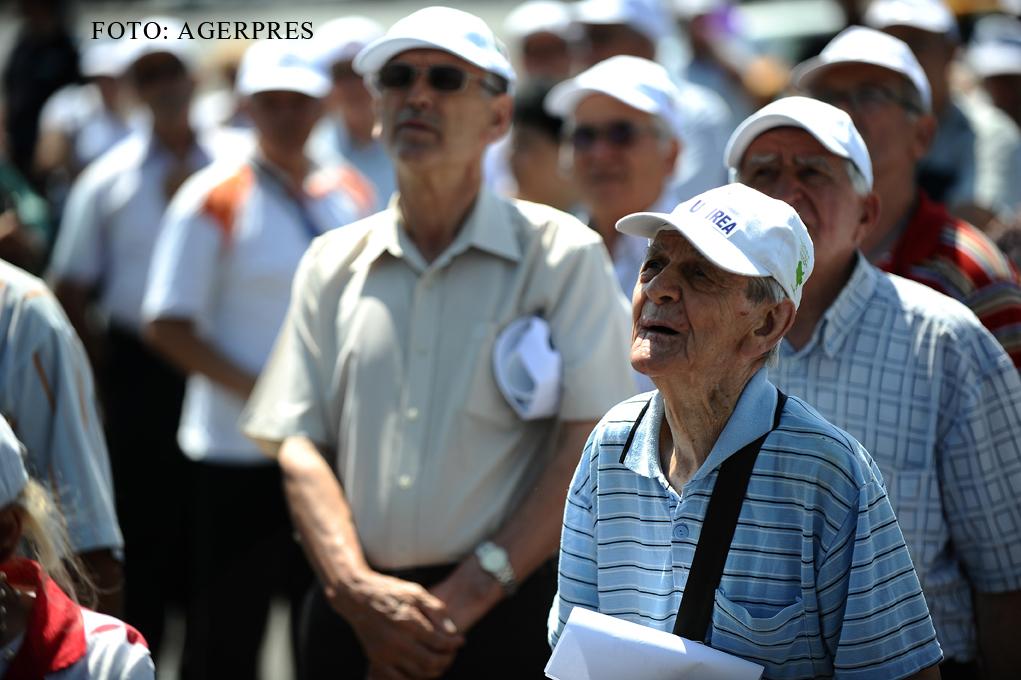 Cati pensionari sunt de fapt in Romania. Judetul unde sunt aproape 2 varstnici la un salariat