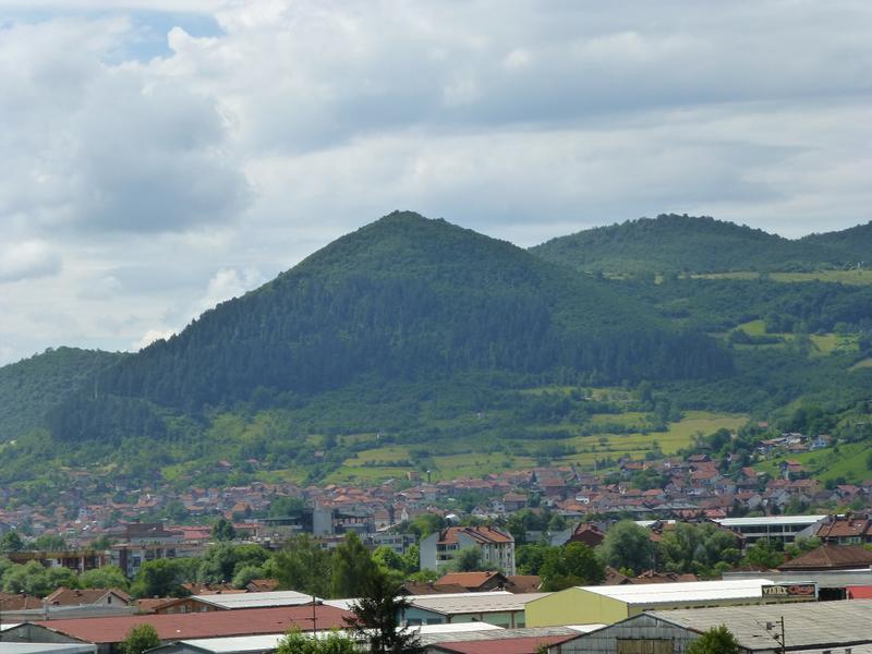 Cand istoria e facuta harcea-parcea - Captivanta poveste a uriaselor piramide din Bosnia sau cum a exagerat