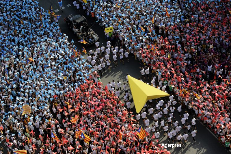 Manifestatie pentru independenta in Barcelona. Peste jumatate de milion de persoane au iesit in strada