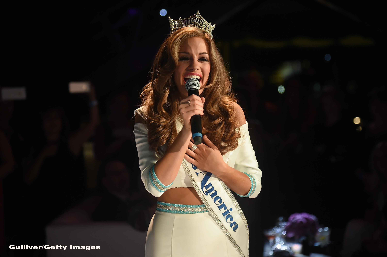 Noua Miss America are 21 de ani si este din Georgia. Betty Cantrell a cucerit juriul cu o arie din Puccini