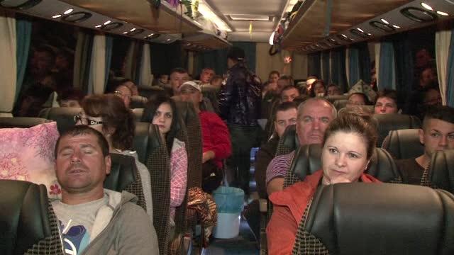 Romanii dornici de castiguri mari se duc in Spania sau Italia la cules de struguri. Cat se poate castiga intr-o luna