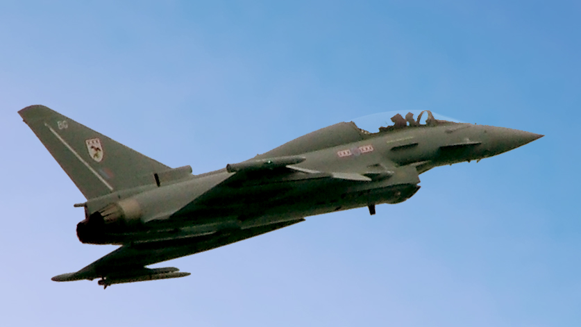 Deutsche Welle: Avioane de vanatoare germane cu munitie completa la bord patruleaza spatiul aerian al tarilor baltice