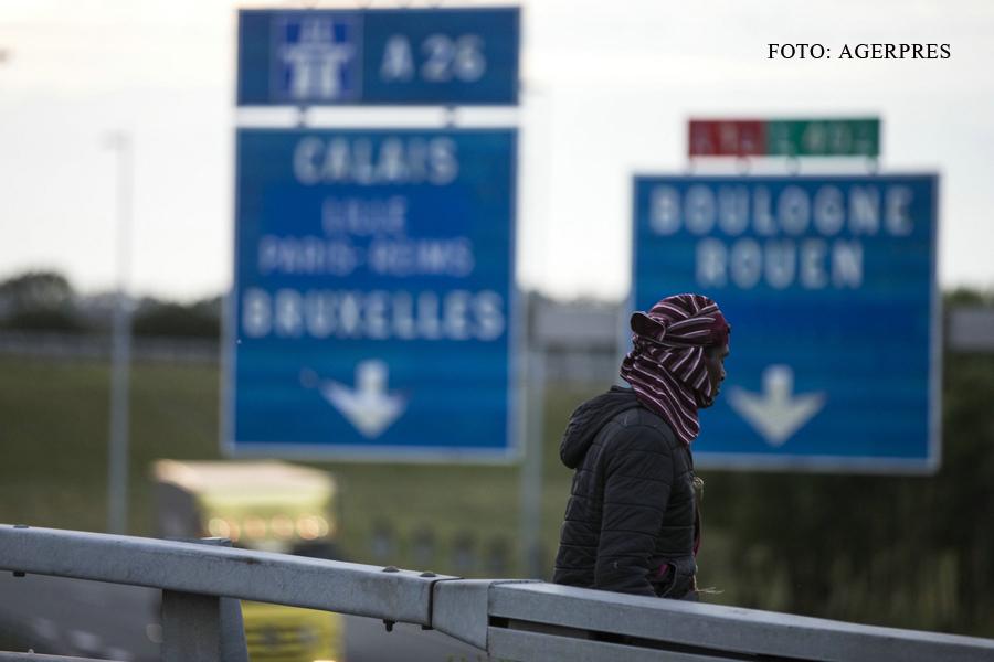 Sofer roman de TIR, implicat intr-un incident legat de traficul de refugiati in Franta. A fost nevoie de interventia politiei