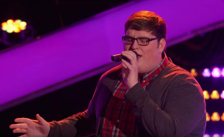 Este una dintre cele mai bune auditii din istoria The Voice. Jordan Smith a oferit o interpretare superba a piesei Chandelier