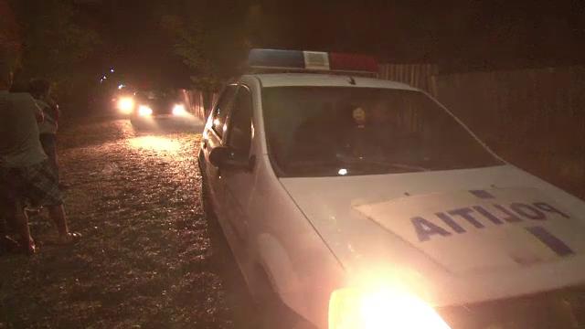 Moarte suspecta la Bacau. Ce au descoperit medicii cand au examinat trupul unui barbat decedat in conditii misterioase