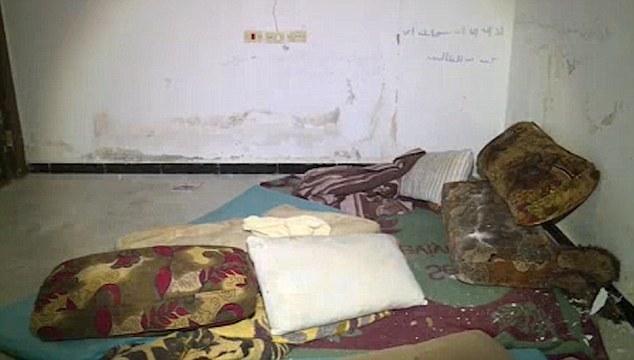 Sclavele sexuale ale ISIS. Imagini socante cu camerele in care erau tinute si torturate