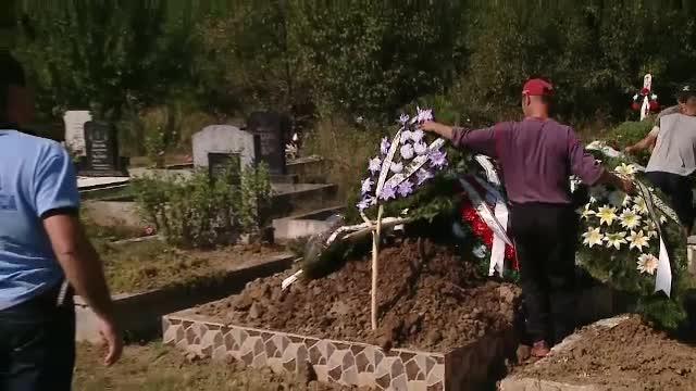 Ce s-a intamplat in timpul unei inmormantari, in Cluj, dupa ce preotul a deschis sicriul.