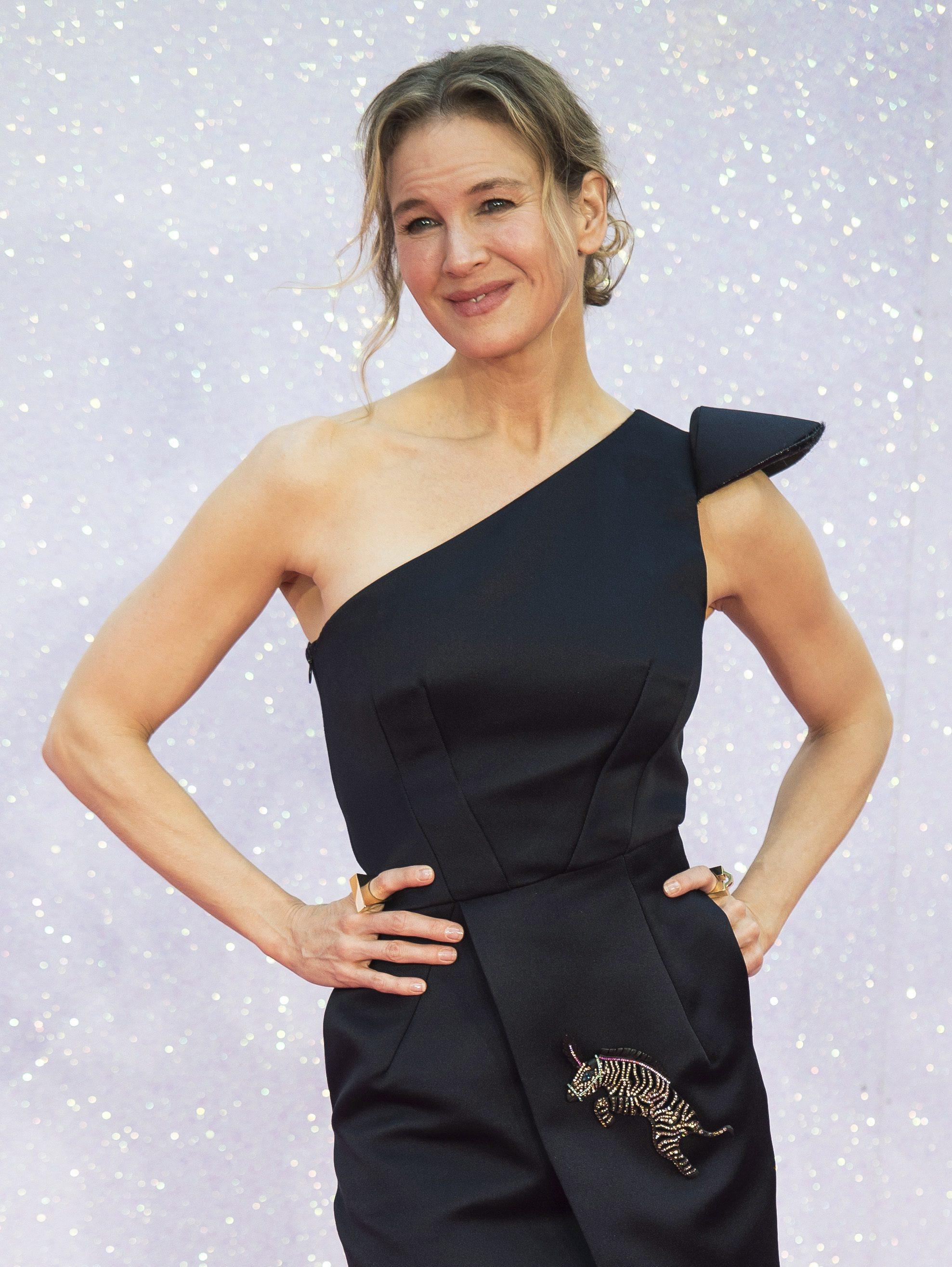 Dupa 12 ani de absenta si multe operatii estetice, actrita Renée Zellweger revine pe marele ecran cu rolul Bridget Jones