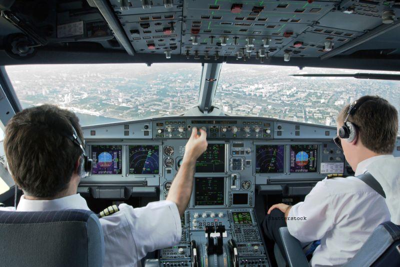Un avion care trebuia sa ajunga in Malaezia a aterizat la Melbourne, Australia. Care a fost cauza incidentului