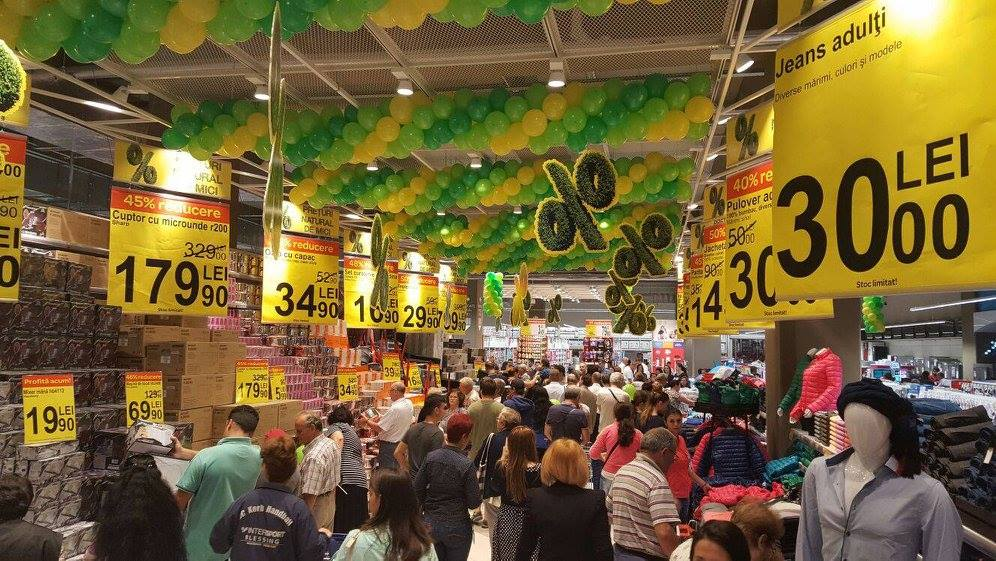 (P) Carrefour a inaugurat cel de-al 11-lea hipermarket din Bucuresti, in centrul comercial ParkLake