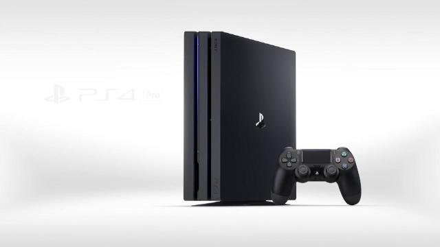 iLikeIT. Noile Playstation 4 Pro si Slim. Care sunt punctele tari ale consolelor si la ce pret vor ajunge la noi