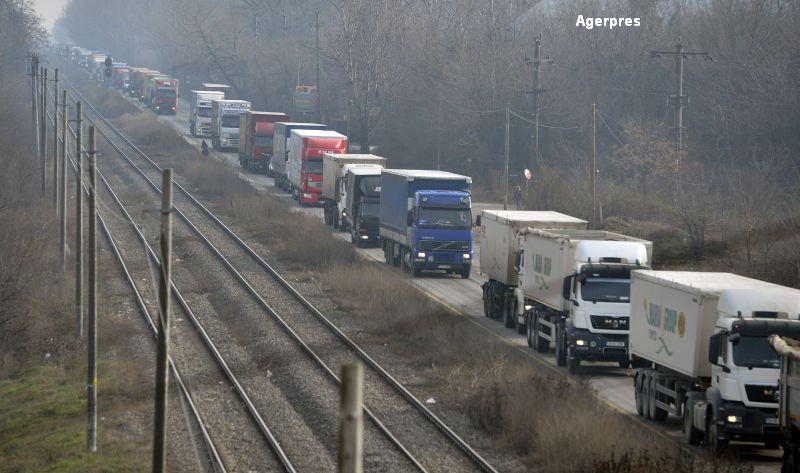 Proteste masive anunțate de transportatori, pe 25 septembrie. Cer demisia ministrului Lucian Șova