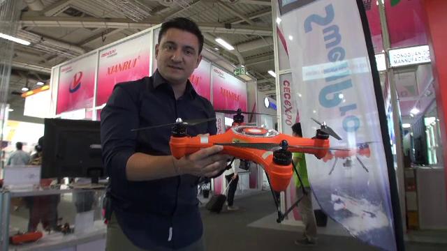 iLikeIT. Dronele care au facut furori la IFA Berlin. Cum arata cel mai mic aparat de zbor fara pilot din lume