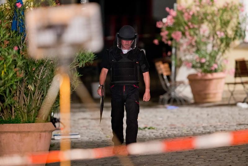 Discutiile purtate de doi jihadisti cu ISIS inainte de atacurile teroriste din Bavaria.
