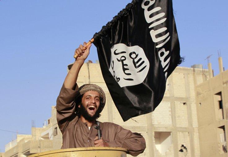 Seful MI6 avertizeaza ca Statul Islamic planuieste atacuri teroriste in Regatul Unit.
