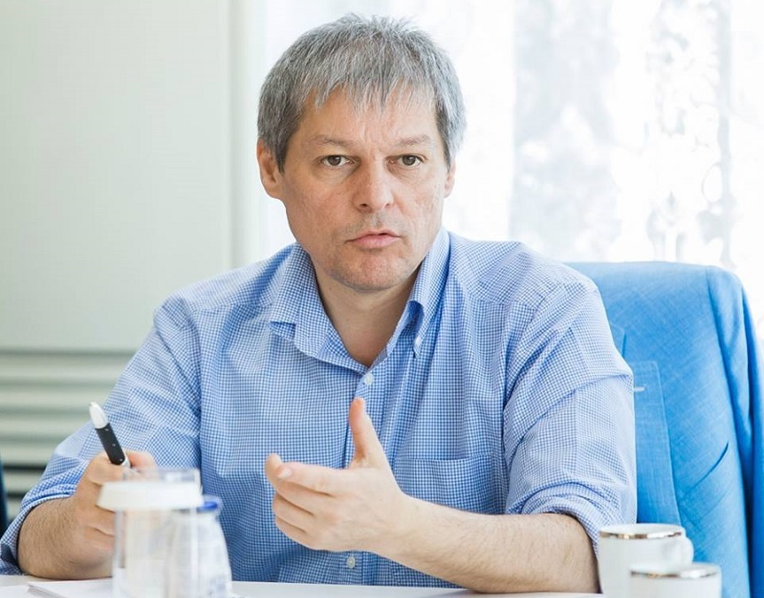 Dacian Ciolos a sesizat Protectia Consumatorului dupa o cursa pana la Timisoara cu Ryanair. Reactia companiei