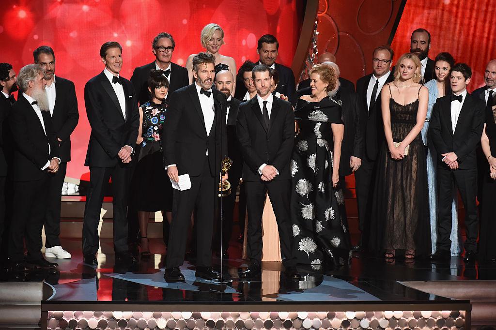 Premiile Emmy 2016 – Lista castigatorilor: Game of Thrones, cel mai bun serial-drama pentru al doilea an, a intrat in istorie