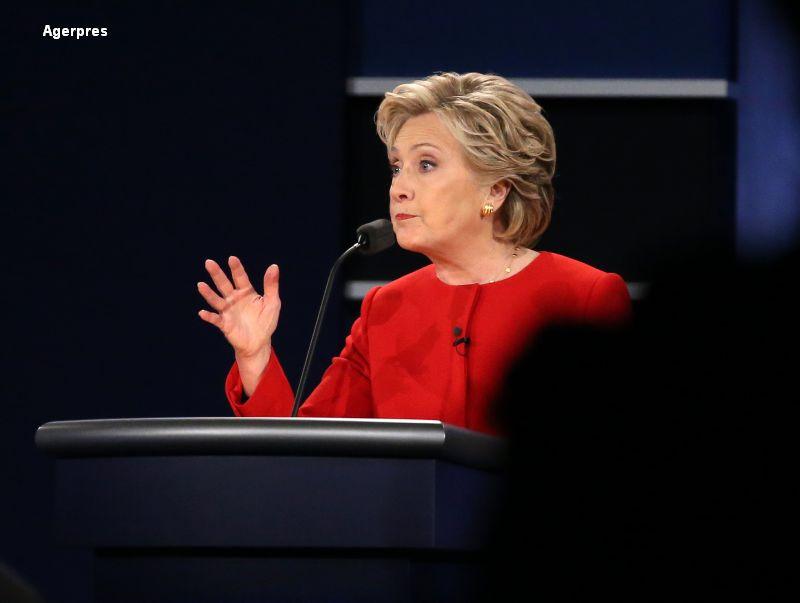 Gestul lui Hillary Clinton care a ajuns viral. Dezbaterea a facut record de audienta: peste 81 de milioane de telespectatori