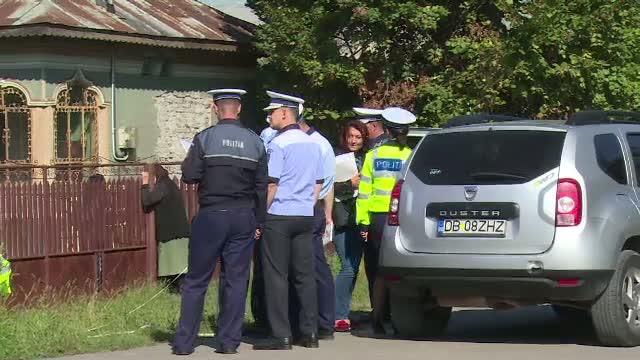 O femeie de 43 de ani a fost gasita moarta, fiind complet dezbracata, intr-un sant. Suspectul: