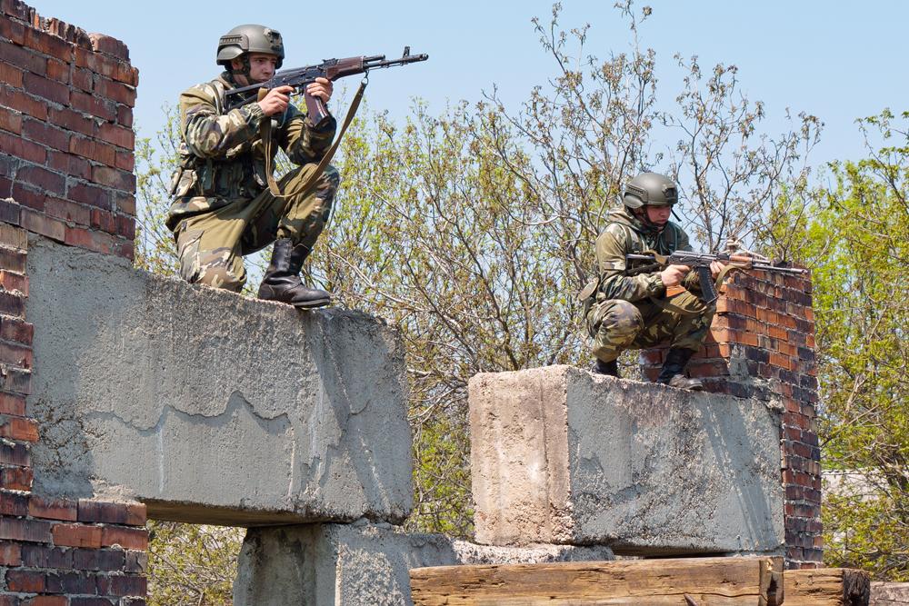 Rusii fac din nou manevre in Transnistria, alaturi de separatisti. Soldatii Tiraspolului au primit dreptul a trage in plin