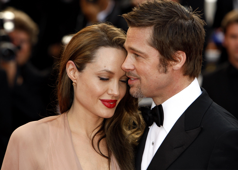 Brad Pitt a cerut custodie comuna pentru cei 6 copii cu Angelina Jolie. Reactia actritei