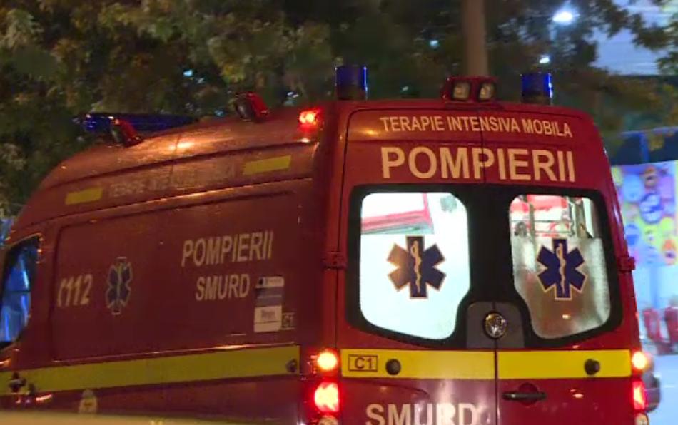 Apartamentul unui bărbat în scaun cu rotile, cuprins de flăcări în București