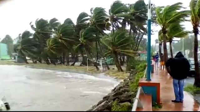Uraganul Maria a atins uscatul pe Insula Puerto Rico cu rafale de vânt de 250 de kilometri pe oră