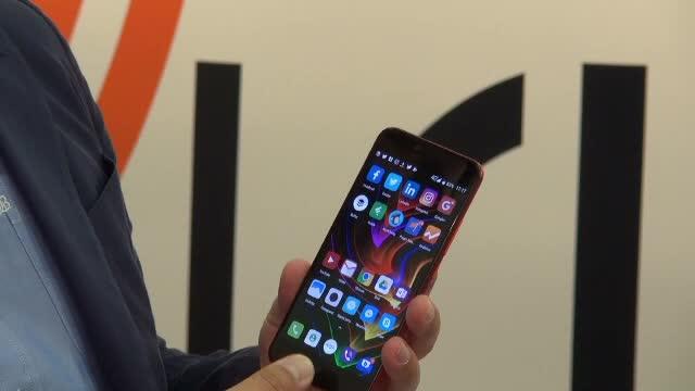iLikeIT. Ce telefoane bune s-au lansat la IFA Berlin, ca alternative la noile iPhone