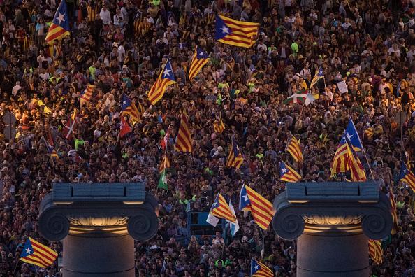 Artişti şi scriitori consideră referendumul din Catalonia