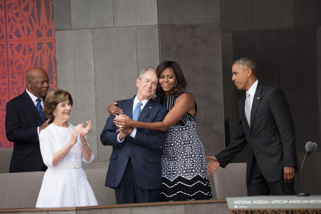 Gestul emoționant făcut de George W. Bush față de Michelle Obama. VIDEO