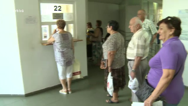 CCR discută sesizarea Opoziţiei privind legea pensiilor. Ce persoane ar fi discriminate