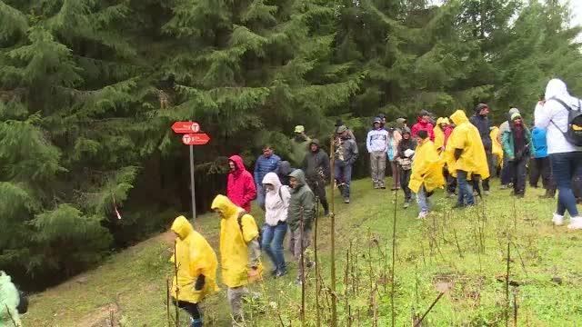 Au fost inaugurați primii 134 de kilometri din traseul Via Transilvanica