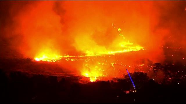 Incendii masive de vegetaţie în Utah. Flăcările au distrus zeci de hectare de teren