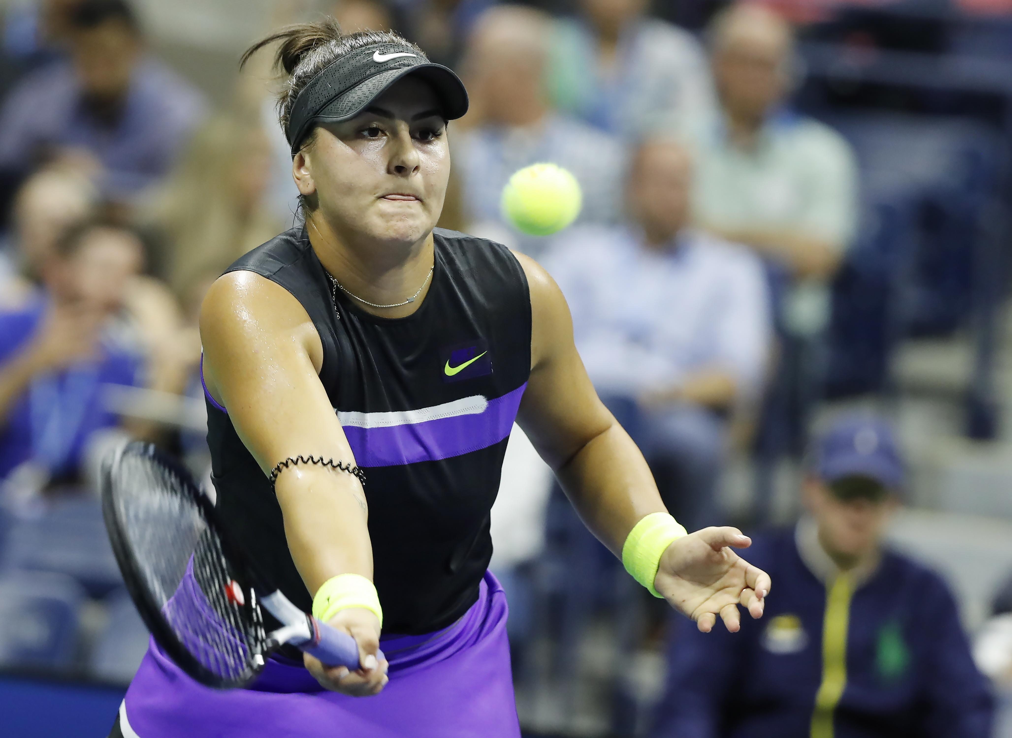 Bianca Andreescu s-a calificat în finala US Open. O va înfrunta pe Serena Williams