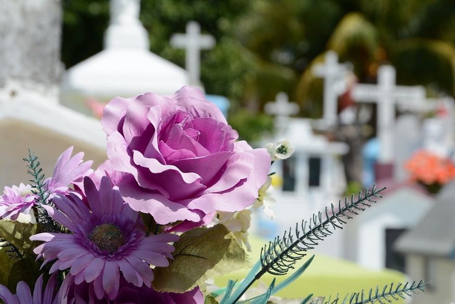 (P) Ce facilități îți oferă o firmă de servicii funerare din sectorul 3?