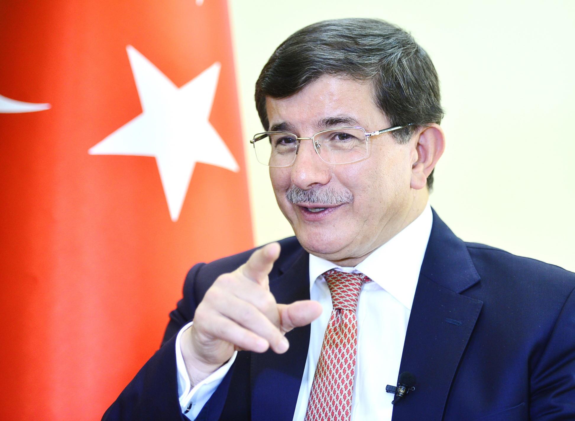 Scandal în partidul lui Erdogan. Fostul premier Ahmet Davutoglu şi-a dat demisia