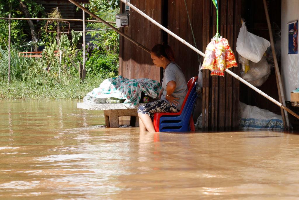 Thailanda, afectată de inundații. Sunt 32 de morți. Zeci de mii de oameni, evacuați