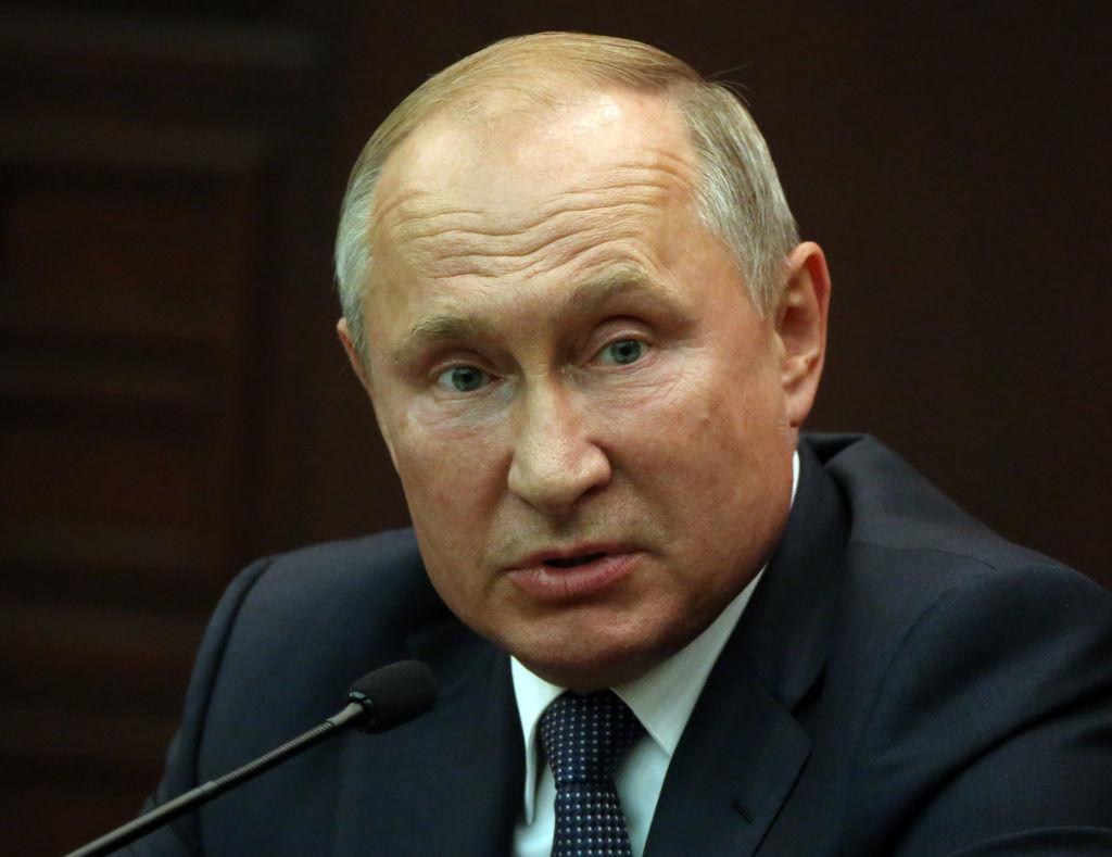 """Putin îi ameninţă pe contestatarii """"ilegali"""": """"Duceţi-vă să fiţi raşi în închisoare"""""""